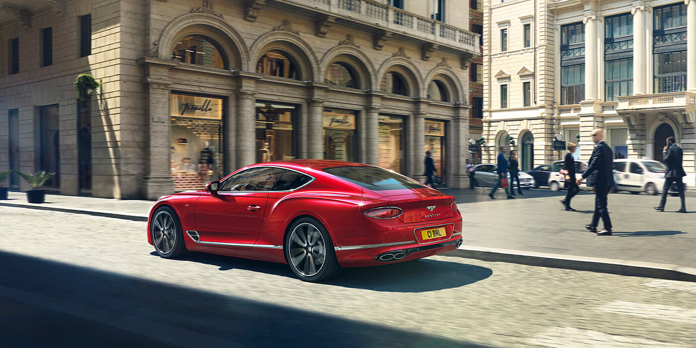 CONTINENTAL-GT-DRIVING-BY-CITY-SQUARE